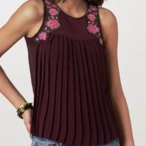 American Eagle Embroidered Pleated Top MED